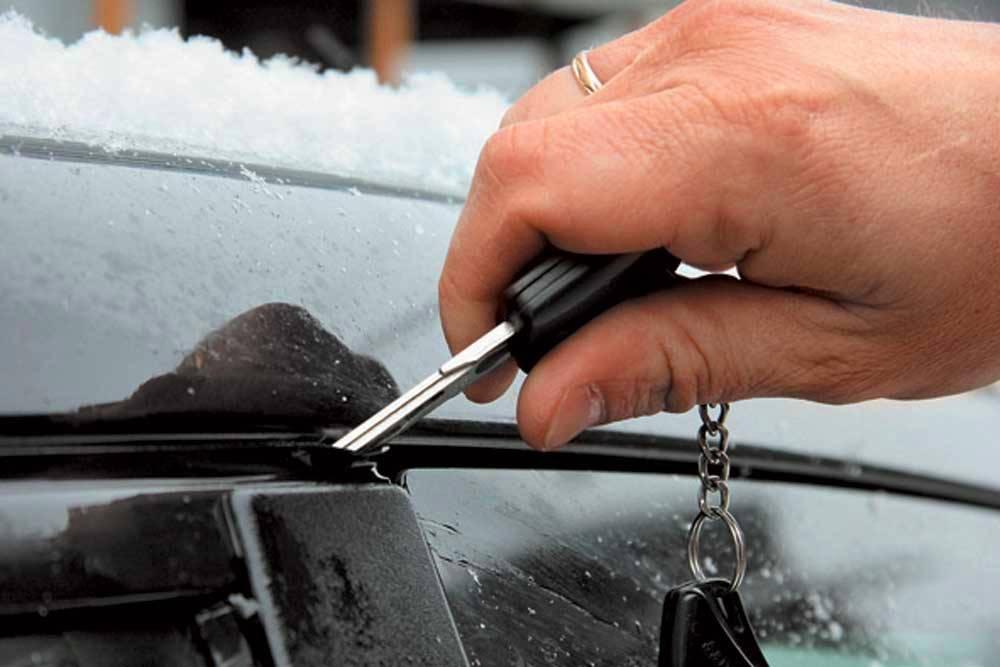 как разморозить замок автомобиля