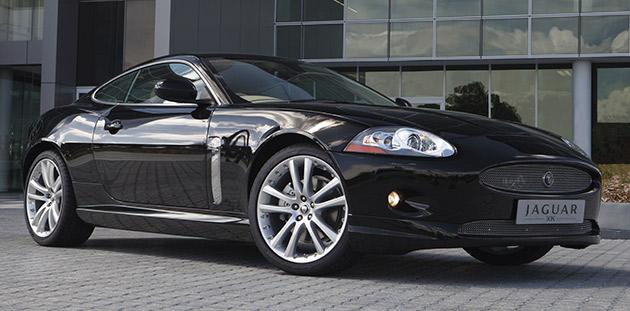 New Jaguar XK – сверхлегкий зверь с неукротимой мощью