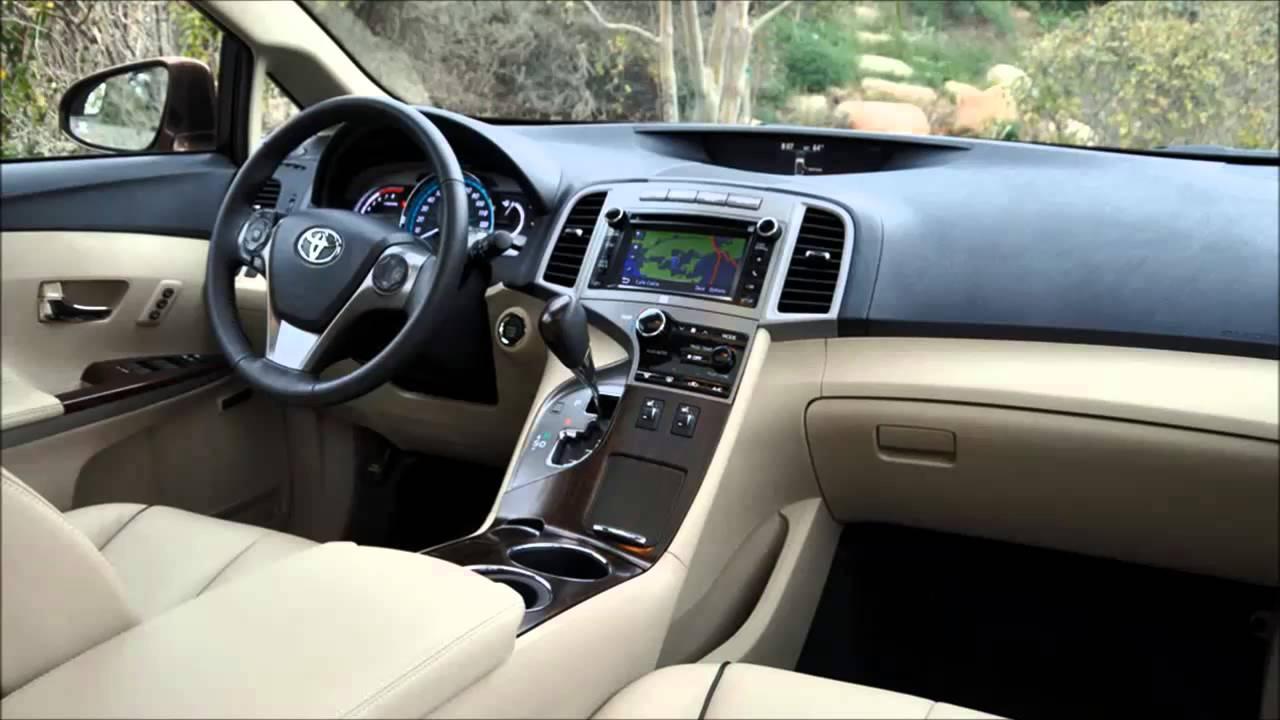 Новый фургон Toyota Venza