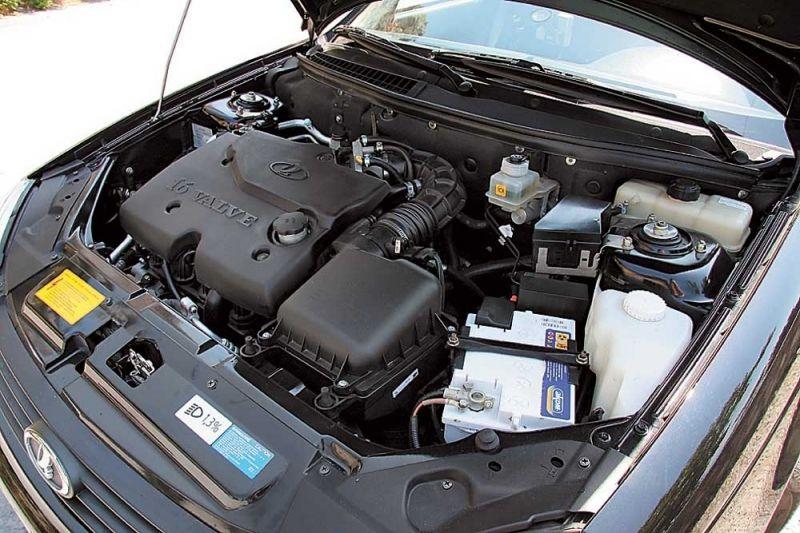 Обзор на автомобиль Лада Приора седан, первого поколения