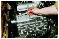 Снятие клапанной крышки двигателя ВАЗ 2108, ВАЗ 2109, ВАЗ 21099, ВАЗ 2113, ВАЗ 2114, ВАЗ 2115