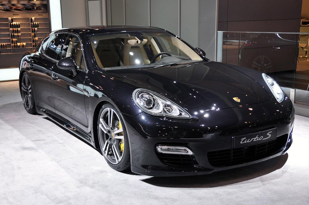 Встречайте Porsche Panamera 2015 года