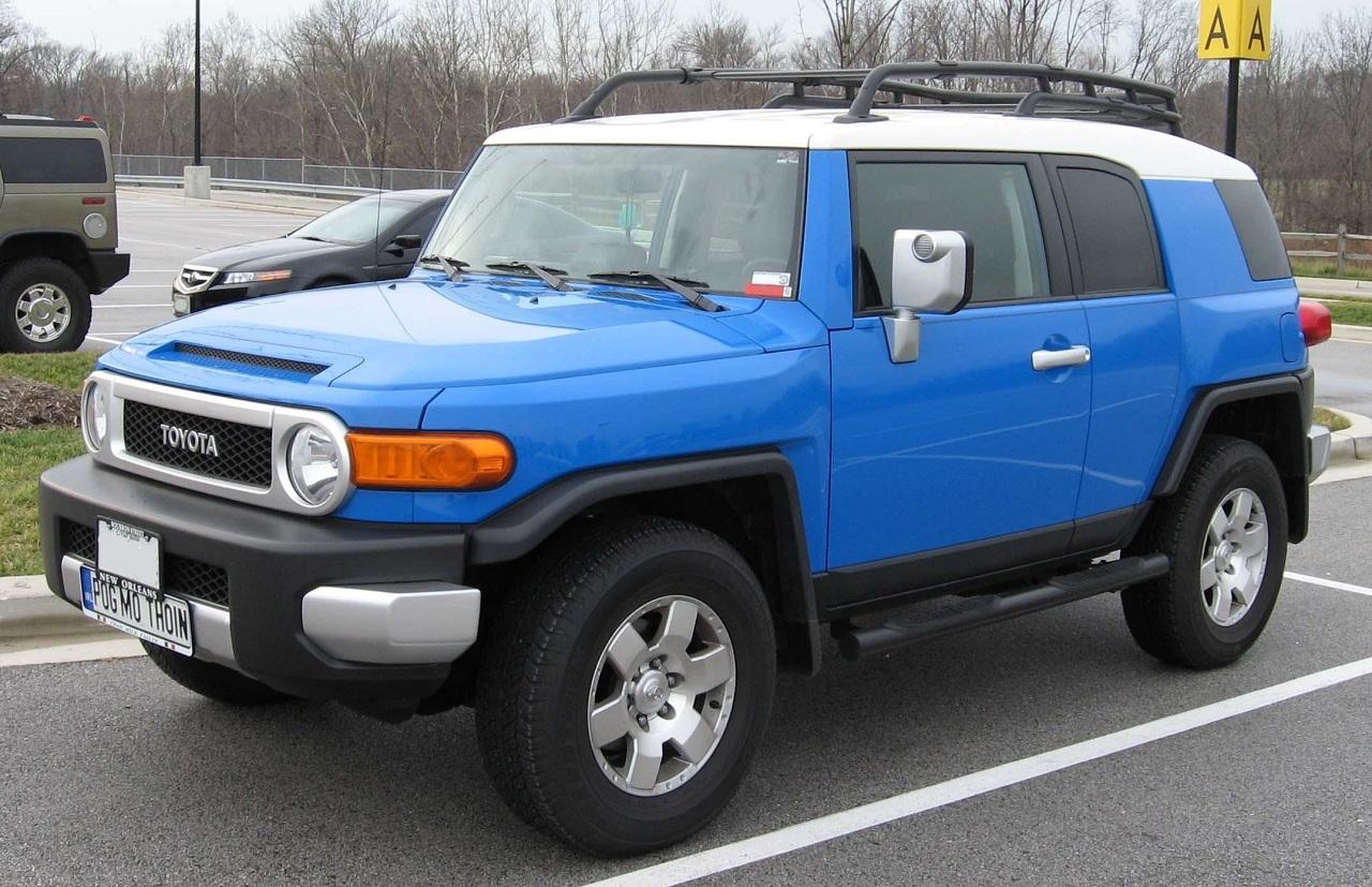 Toyota-FJ-Cruiser-2.jpg