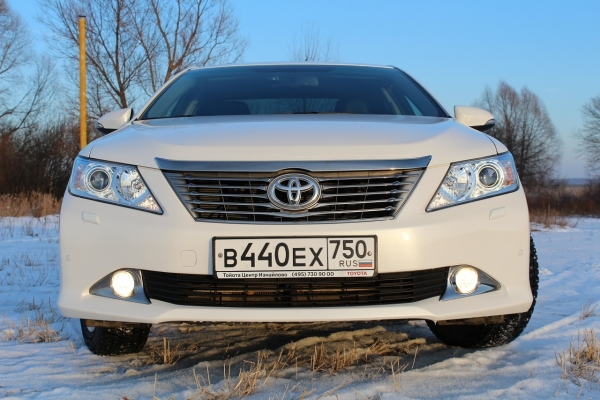 Toyota Camry 2014 2.5 AT