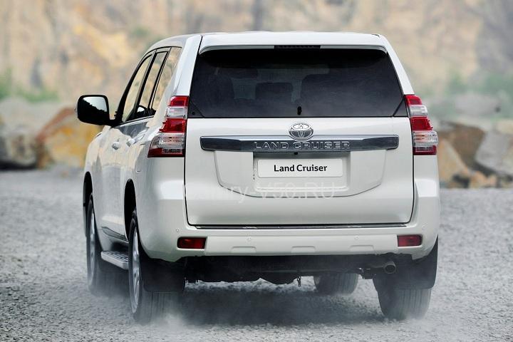 2014-Toyota-Land-Cruiser-Prado
