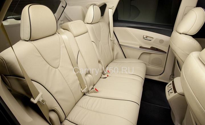 задние сиденья Toyota Venza