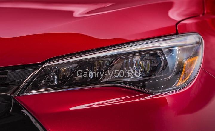 2015-Toyota-Camry-