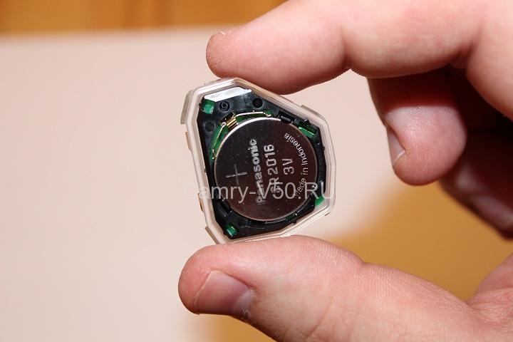 батарейка от ключа Toyota Camry