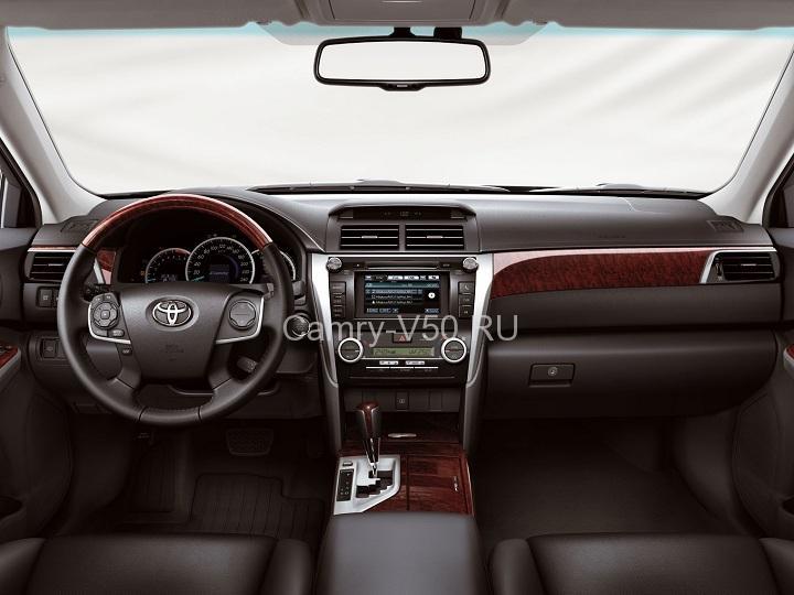 салон Toyota Camry V50