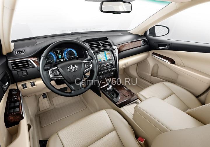 передняя панель Toyota Camry 2015