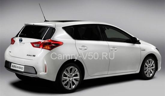 Toyota Auris.1